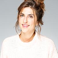 Profil Leonie Simon, Sportwissenschaftlerin, Yogalehrerin, Ernährungsberaterin, Personal Trainerin